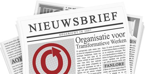 Banner, gemaakt door caitie, van een krant met de naam en logo's van de OTW en haar projecten op de pagina's
